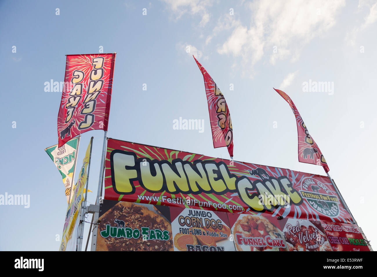 Funnel cake stock photos funnel cake stock images alamy for Sugarloaf craft festival nj