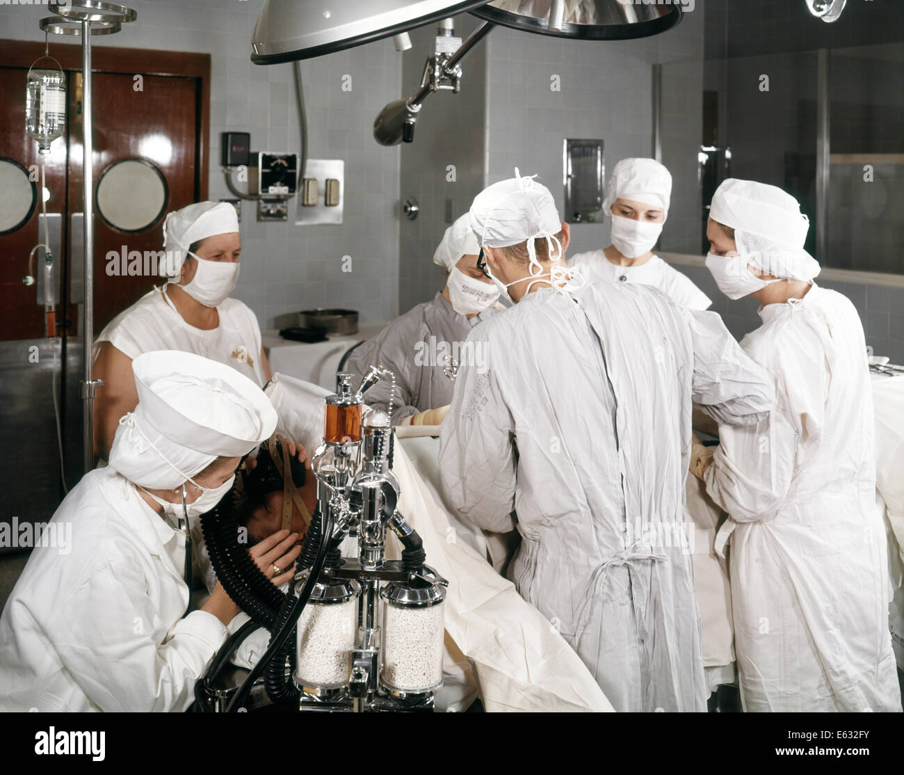 how to become a circulating nurse