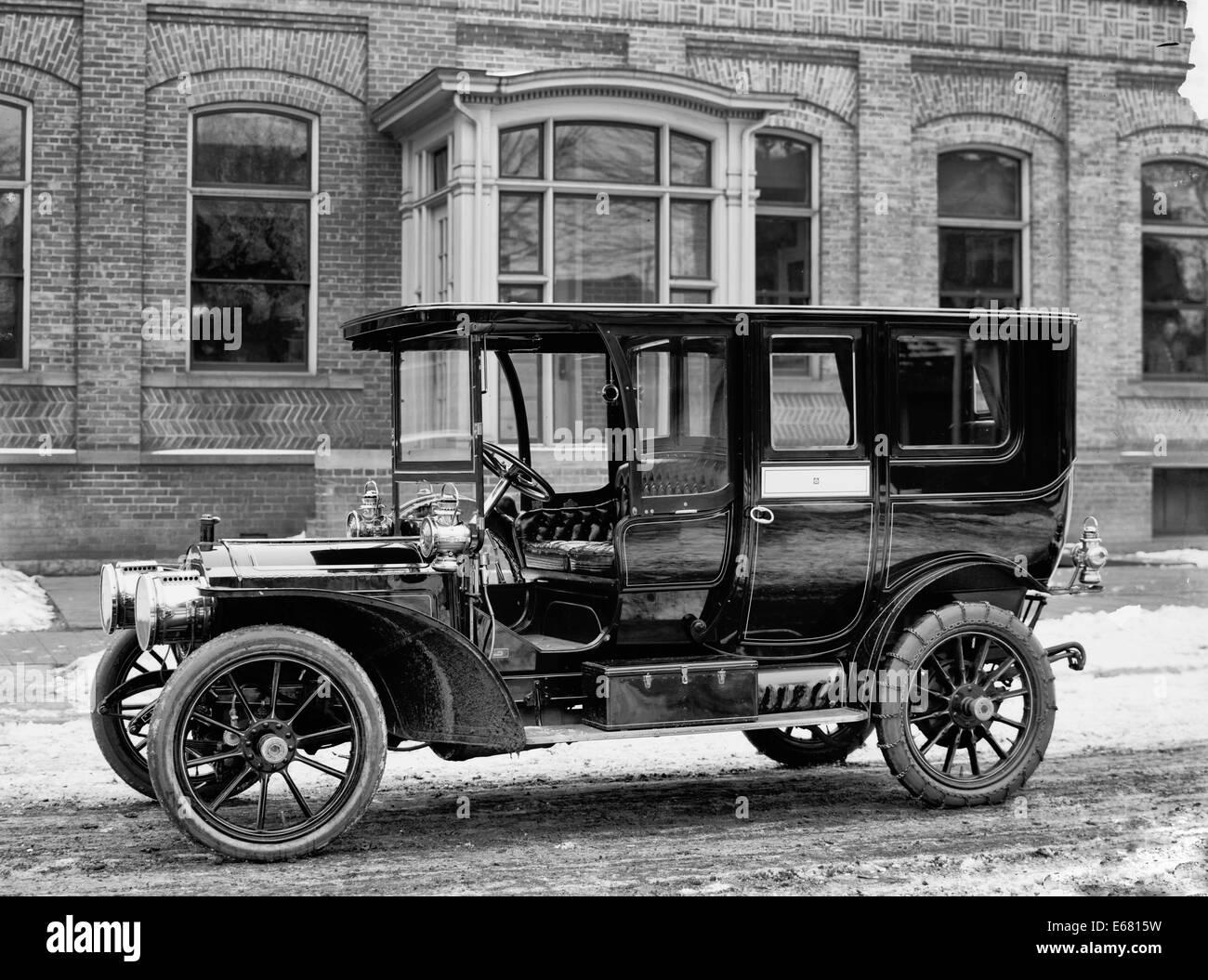 Packard automobile, Packard Motor Car Company, circa 1920 Stock ...