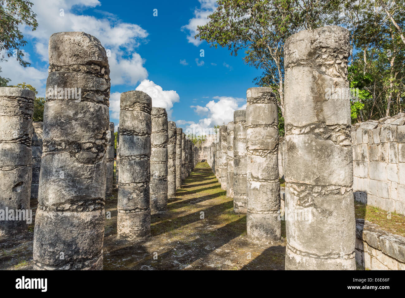 Temple of a Thousand Warriors, Chichen Itza, Mexico - Stock Image