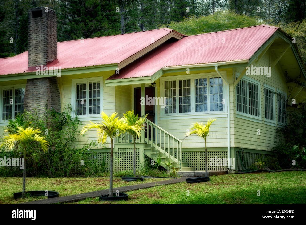 Plantation type house in Lanai City, Lanai, Hawaii. - Stock Image