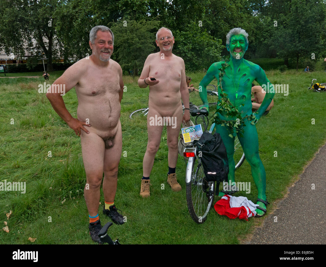 demo,UK,A,demonstration,united,kingdom,naked,people,eccentric,eccentrics,wierd,strange,folk,ride,rider,odd,demonstrator,demonstrating,green,party,issue,issues,Hyde,HydePark,World,Naked,Bike,Ride,regents,get,your,kit,off,full,nudity,on,show,protest,against,oil,dependency,and,the,way,the,of,the,gotonysmith,riders,cycle,bare,as,car,automobile,three,greenman,green,man,penis,out,penises,dick,dicks,dickheads,elderly,old,bums,rush