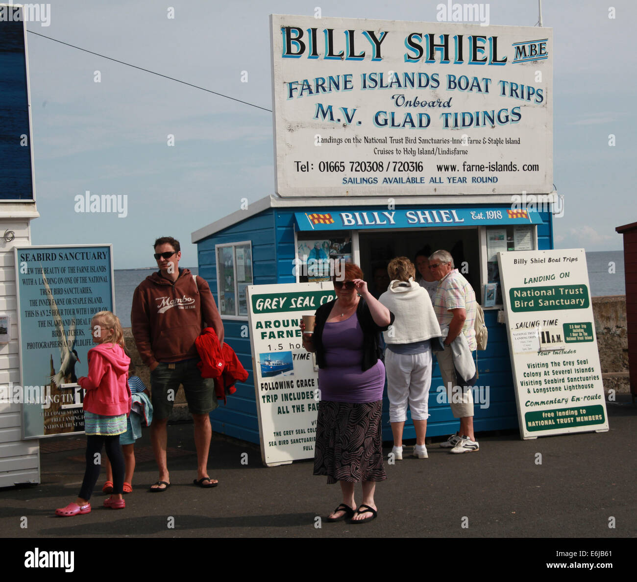 Billy,Shiel,Farne,Islands,Island,tour,boat,trip,trips,at,Seahouses,NE,England,Northumberland,Seals,Seal,Golden,gate,Longstone,Lighthouse,Serenity,StCuthbert,St,Cuthbert,shed,ticket,office,offices,tourist,tourism,11am,departure,travel,GB,great,britain,british,maritine,seaside,town,towns,family,fish,Gotonysmith,fishing,hobby,tour,ticket,tickets