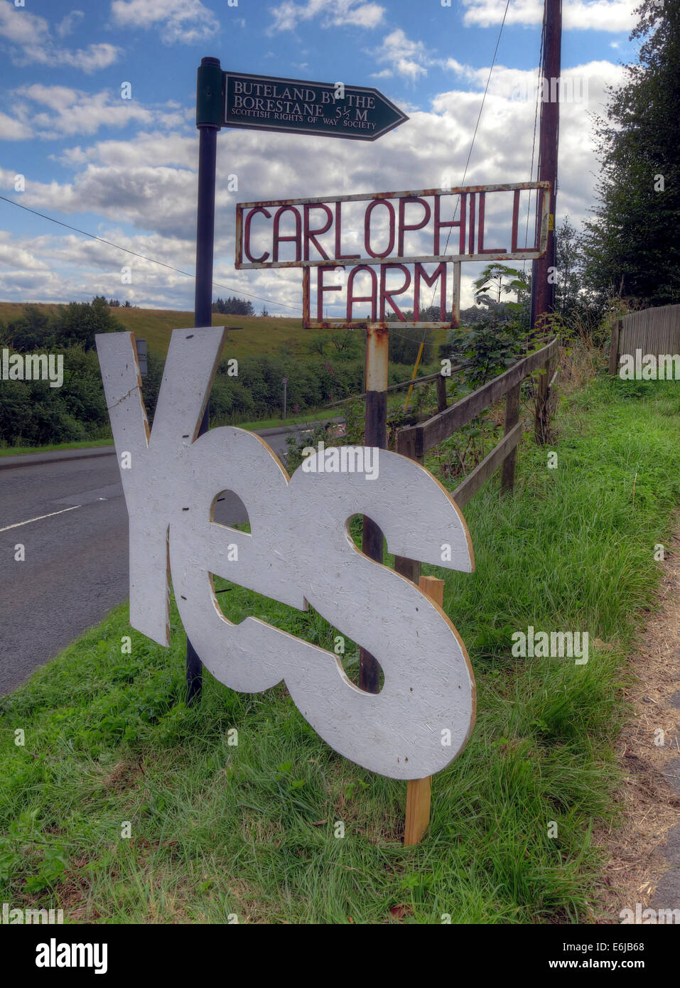 farm,Carlops,Scottish Borders,Scotland,September,2014,sunny,day,passion,to,govern,their,own,nation,country,independance,feeling,vote,voting,referenda,referendum,catalonia,spain,break,breakup,up,of,the,UK,GB,great,Britain,British,gotonysmith indyref #indyref,Scottish,SNP,independance party,independence,indyref,referendum,2nd,second