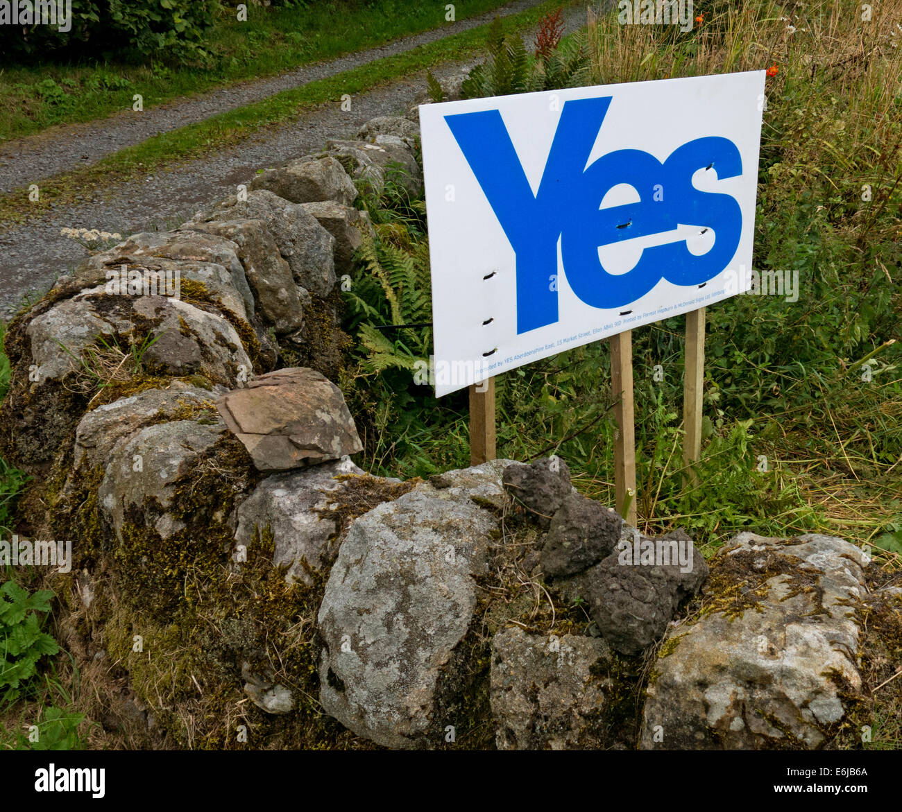 farm,Carlops,Scottish Borders,Scotland,September,2014,sunny,day,passion,to,govern,their,own,nation,country,independance,feeling,vote,voting,referenda,referendum,catalonia,spain,break,breakup,up,of,the,UK,GB,great,Britain,British,gotonysmith indyref #indyref,Scottish,SNP,independance party,independence,indyref,referendum,2nd,second,Brexit,#Brexit,hotpixuk,@hotpixuk,Buy Pictures of,Buy Images Of