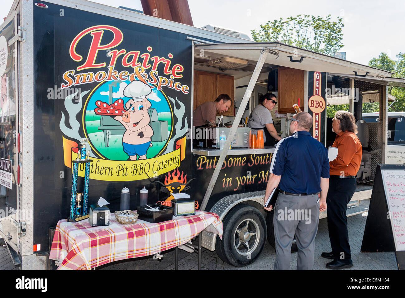 BBQ food truck, Prairie Smoke & Spice at Regina's twice weekly farmer's market, Regina, Saskatchewan, - Stock Image