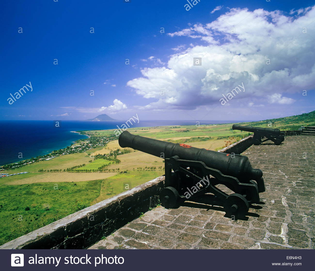 brimstone-hill-fortress-on-the-caribbean