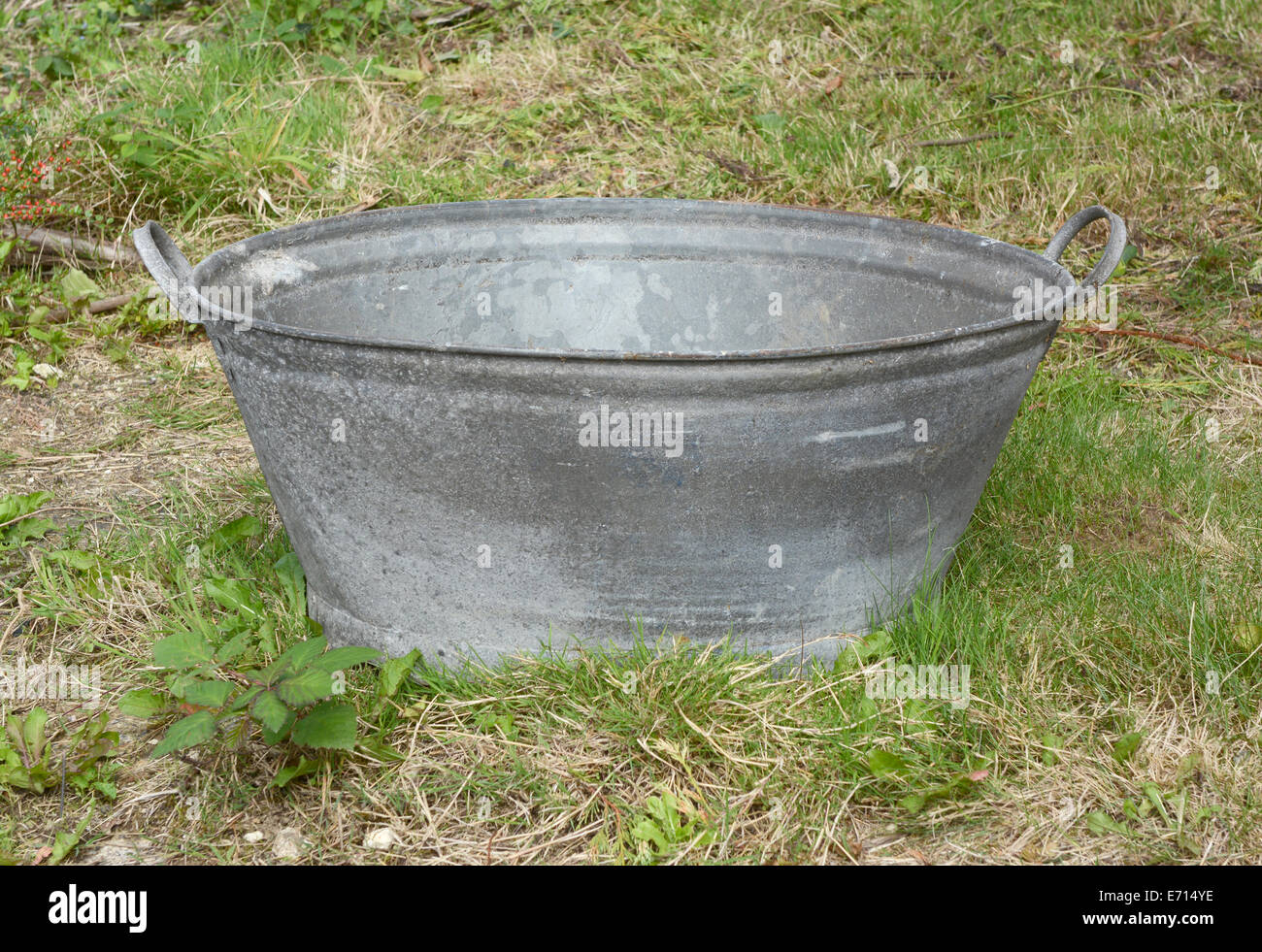 Tin Bath Stock Photos & Tin Bath Stock Images - Alamy