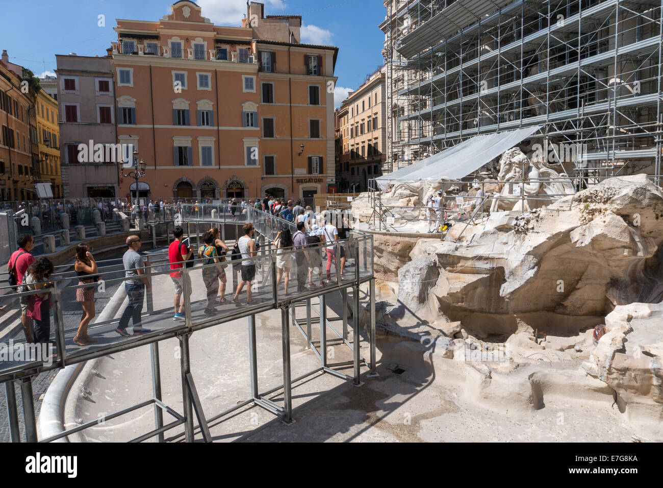 409d2d804f77 Italy  Restoration work at Trevi Fountain in Rome. Photo from 5th September  2014.