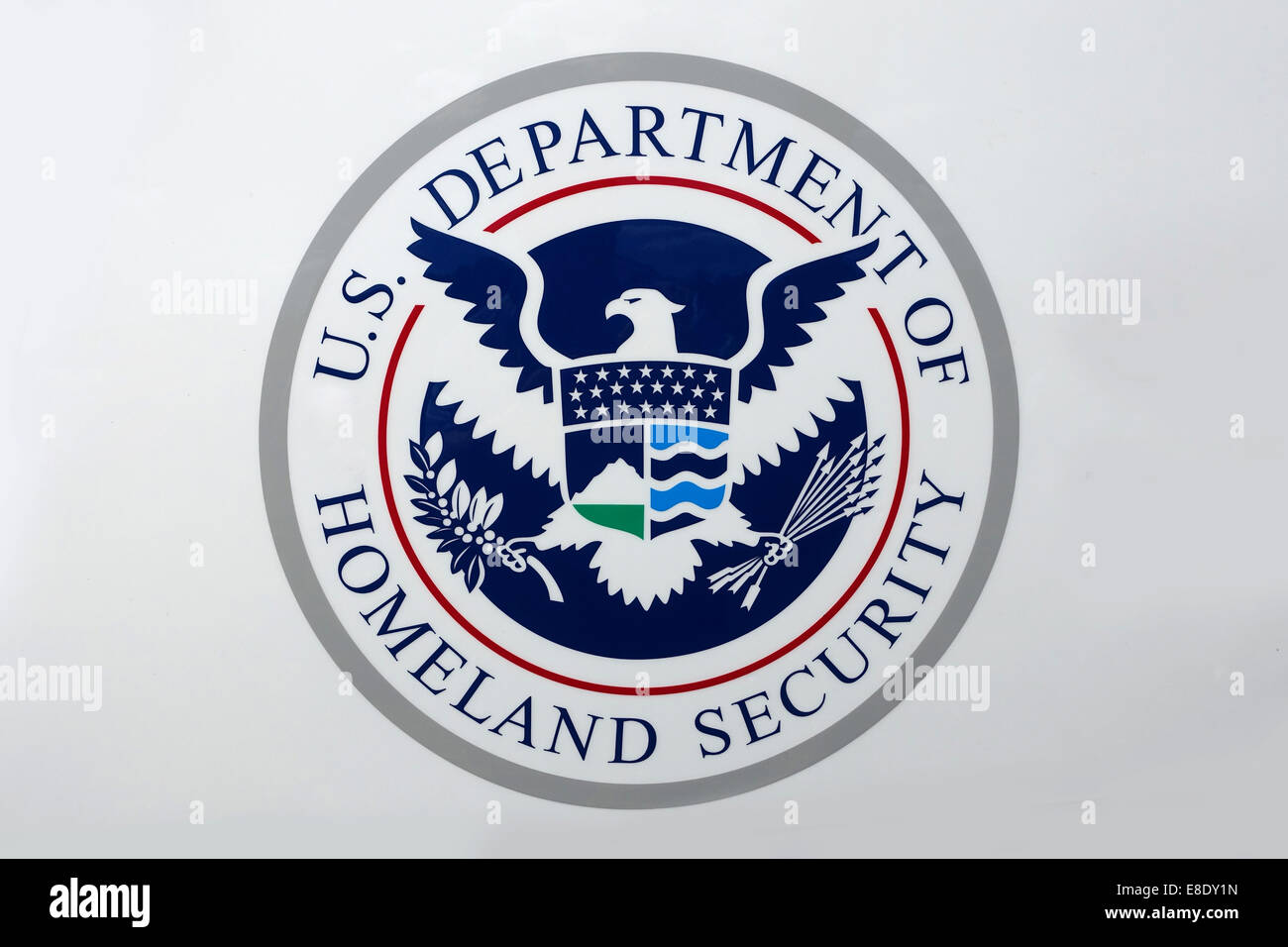 seal-of-the-us-department-of-homeland-security-dhs-federal-government-E8DY1N.jpg