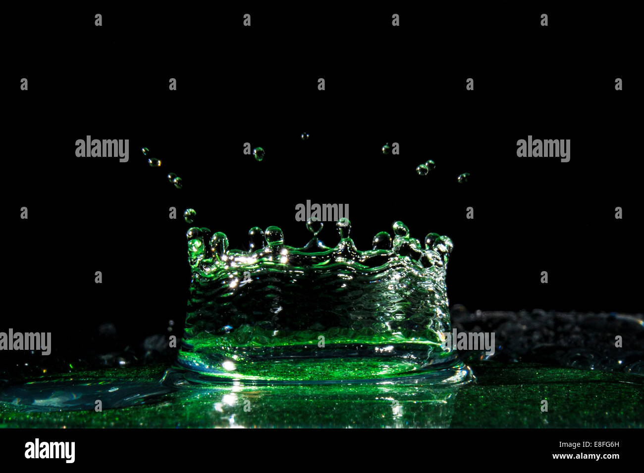 Water Crown splashing in water - Stock Image