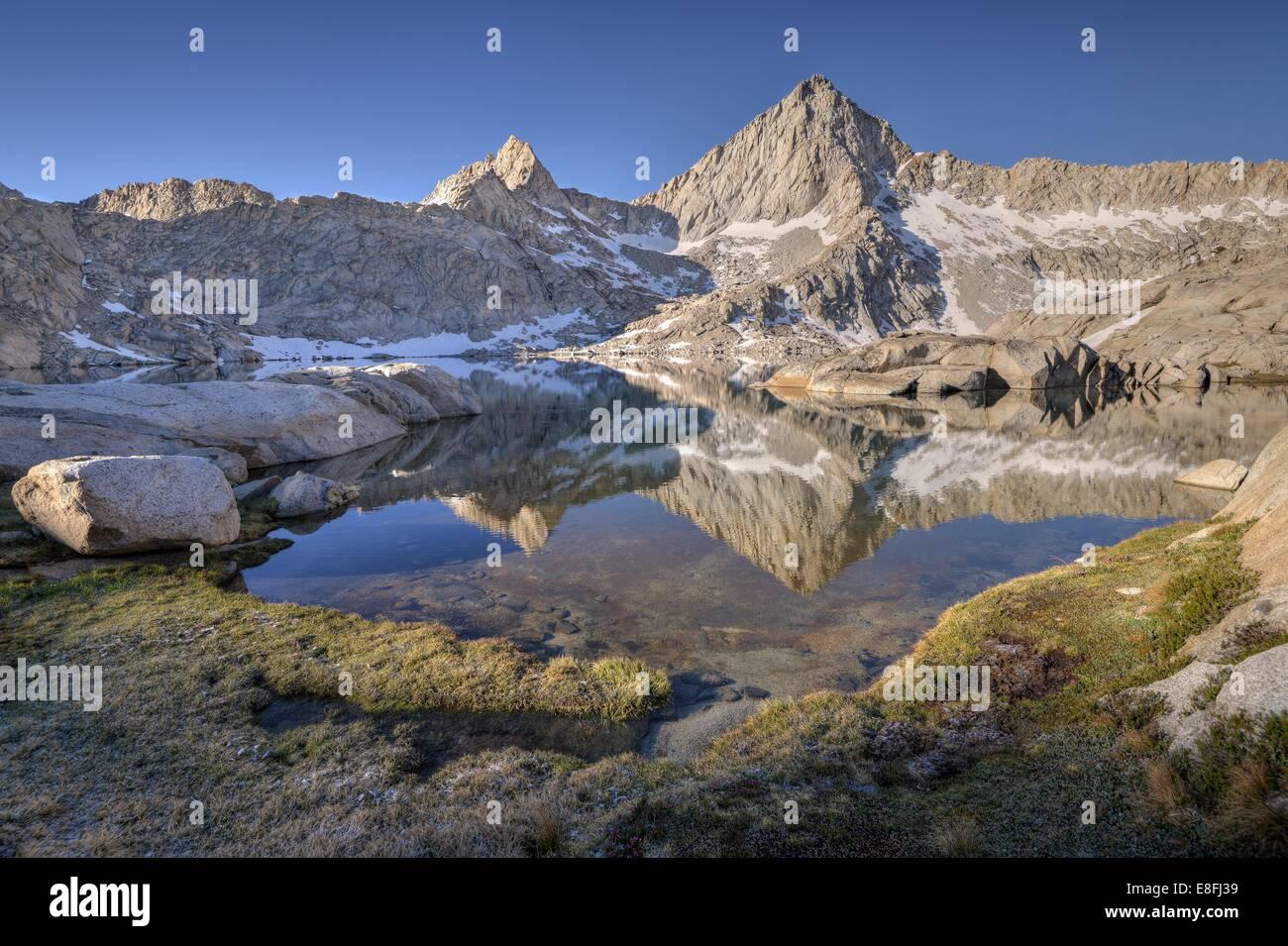 USA, California, Sequoia National Park, Sawtooth Peak reflected in Columbine Lake - Stock Image