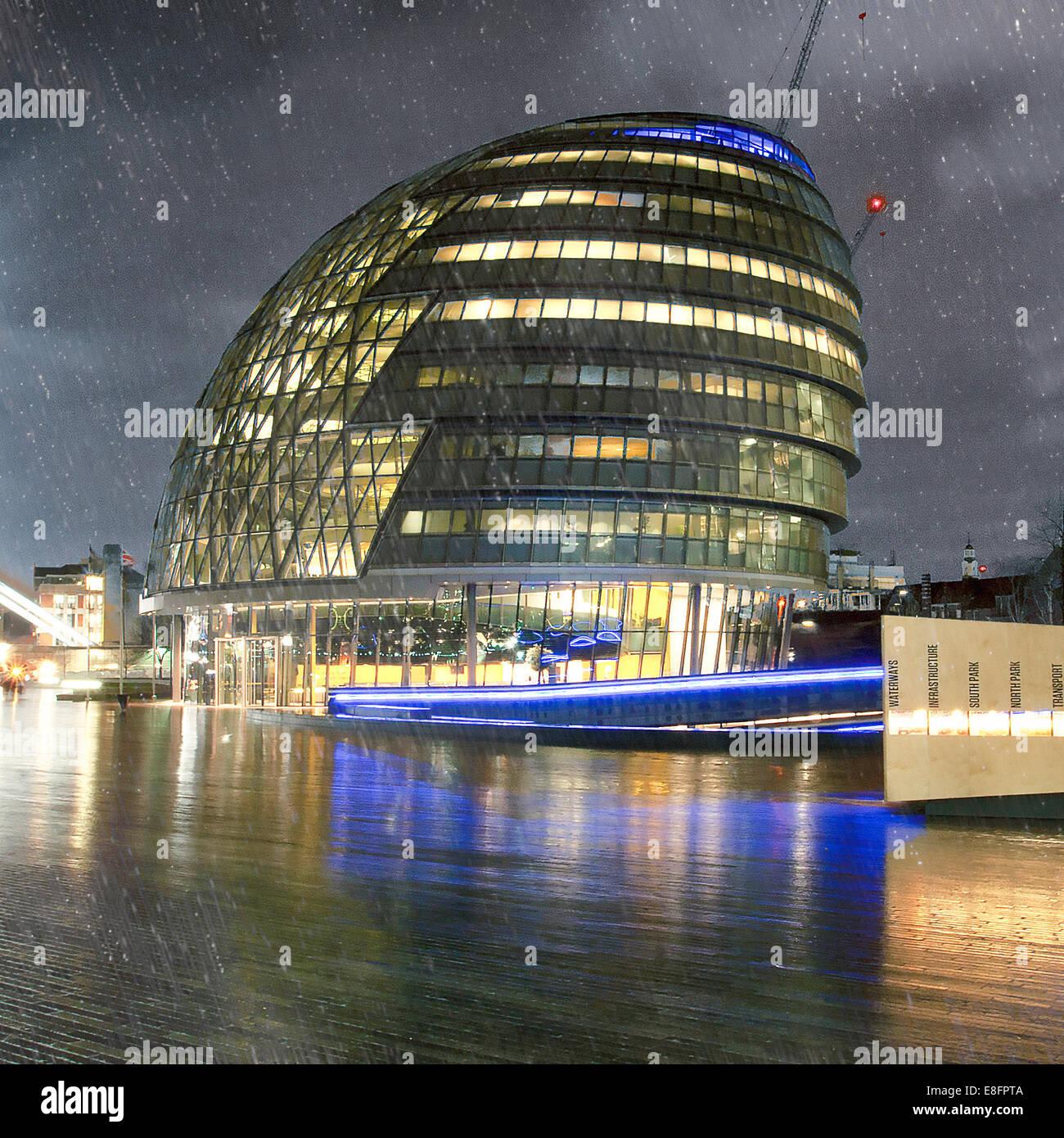 City Hall in the rain, London, England, UK - Stock Image