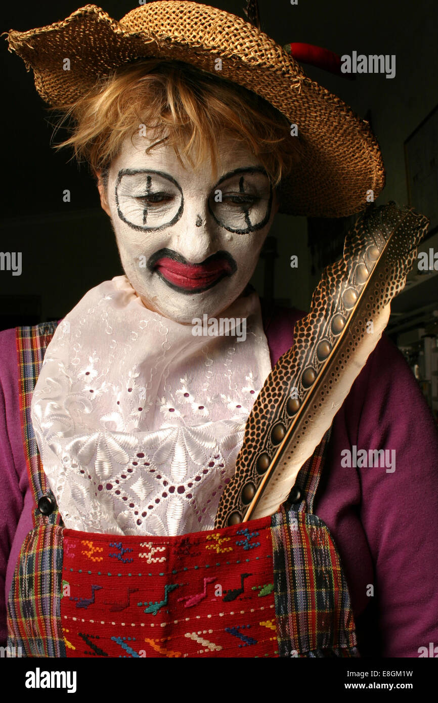 Picture of clown looking down - Stock Image