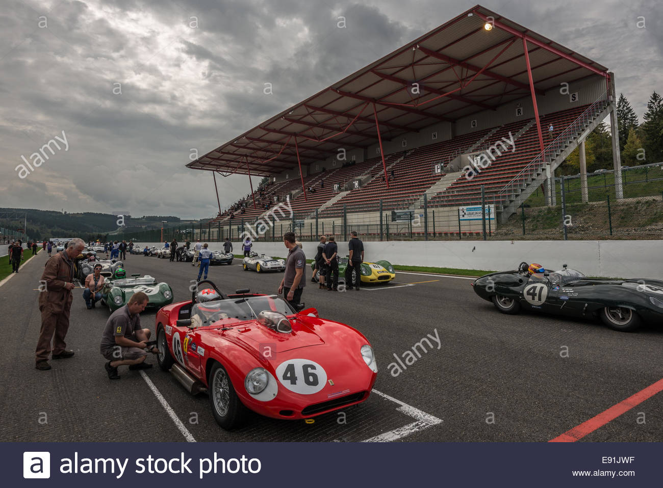 action-from-the-spa-6-hours-historic-rac