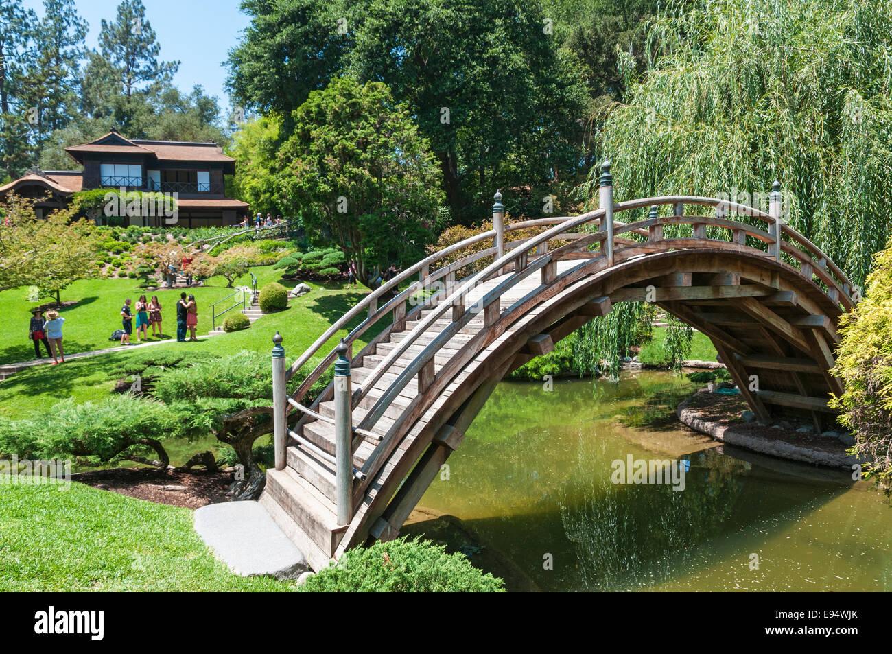 Genial California, San Marino, The Huntington, Botanical Gardens, Japanese Garden,  Moon Bridge