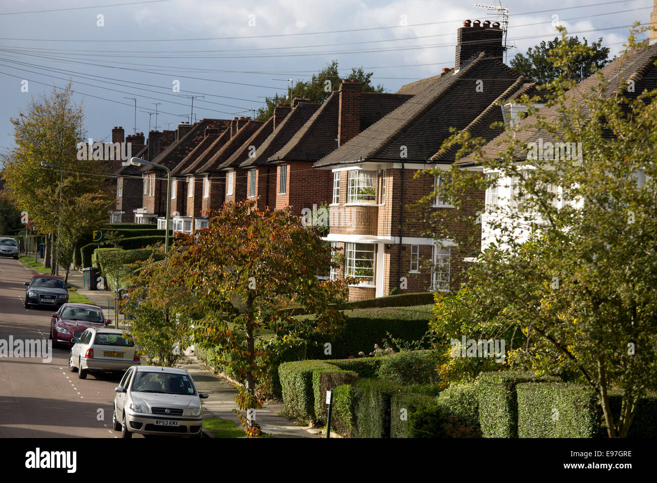 Hampstead Garden Suburb suburban street house home Stock Photo ...