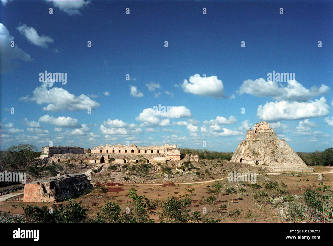 the-mayan-ruins-of-uxmal-in-1987-before-