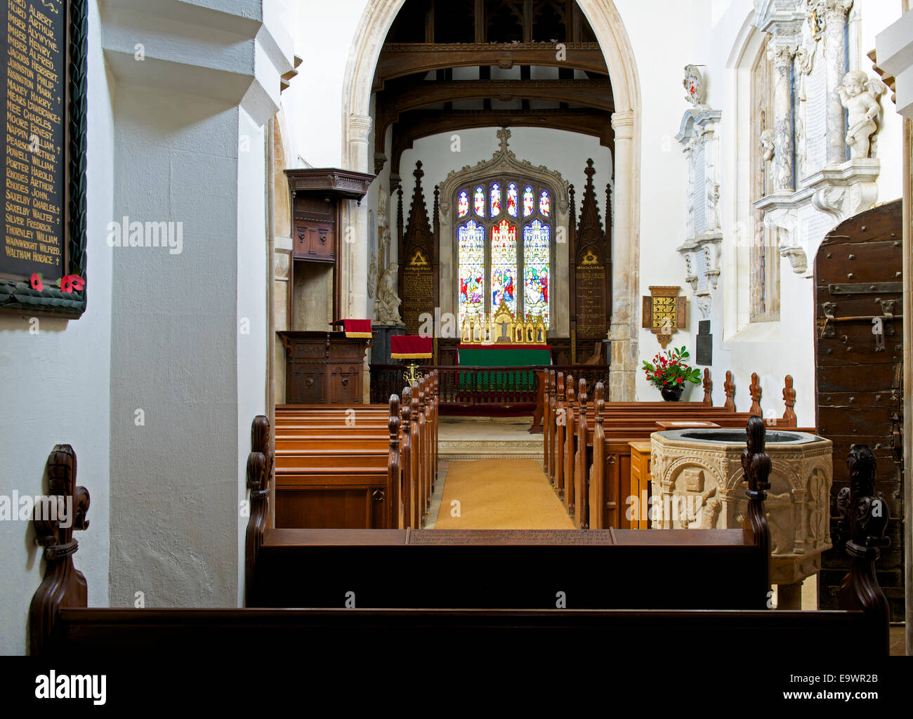 interior-of-the-church-in-the-grounds-of-belton-hall-near-grantham-E9WR2B.jpg