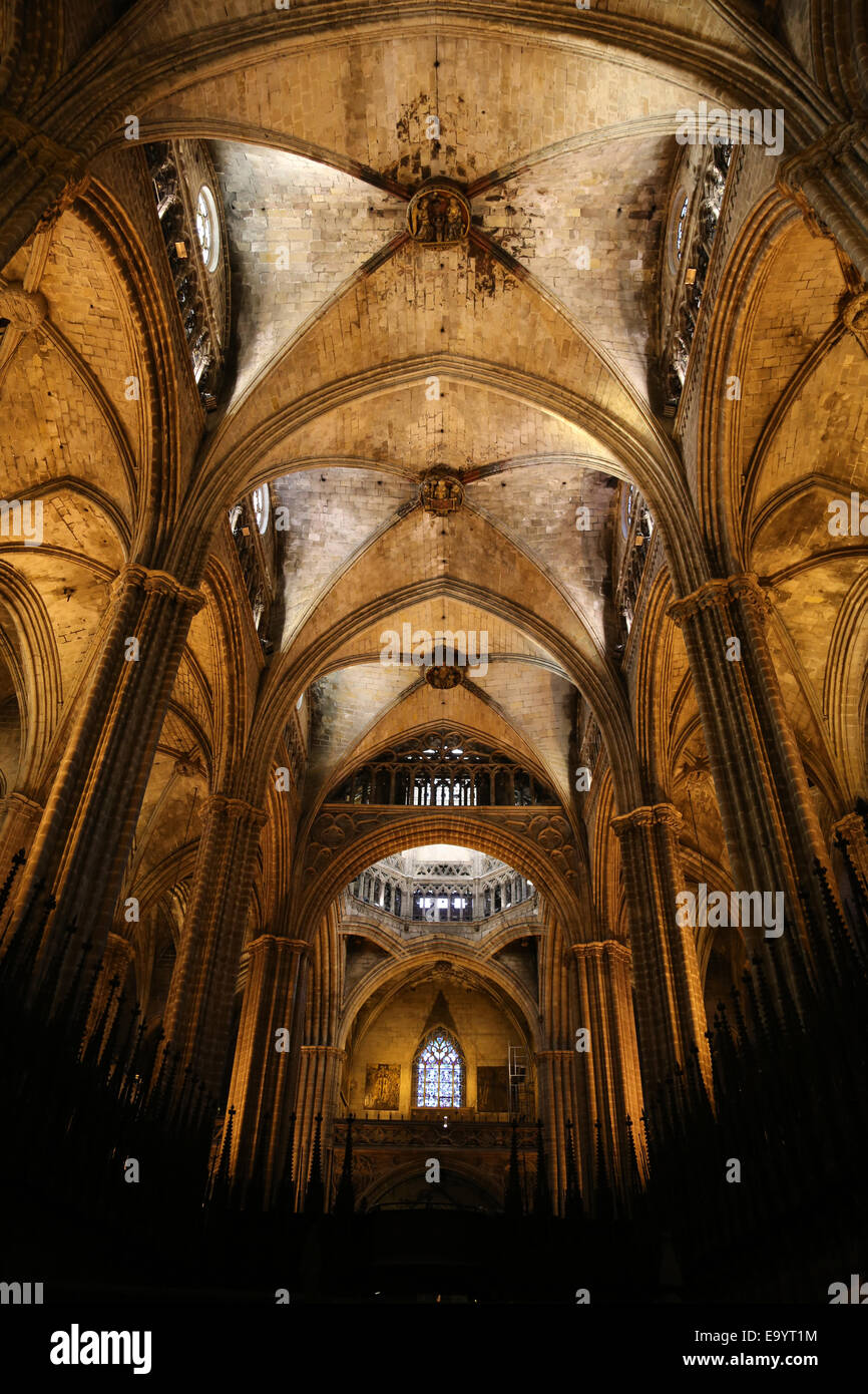 Spain. Catalonia. Barcelona Cathedral. Inside. Nave central and choir stalls. 13th century. - Stock Image