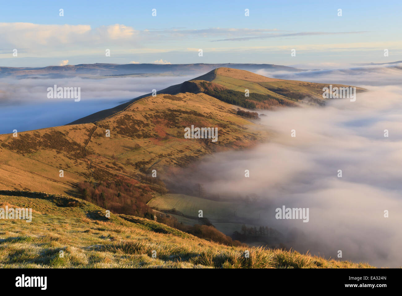 Fog and mist in the Hope and Edale Valleys from Great Ridge at Mam Tor, Castleton, Peak District, Derbyshire, England, - Stock Image