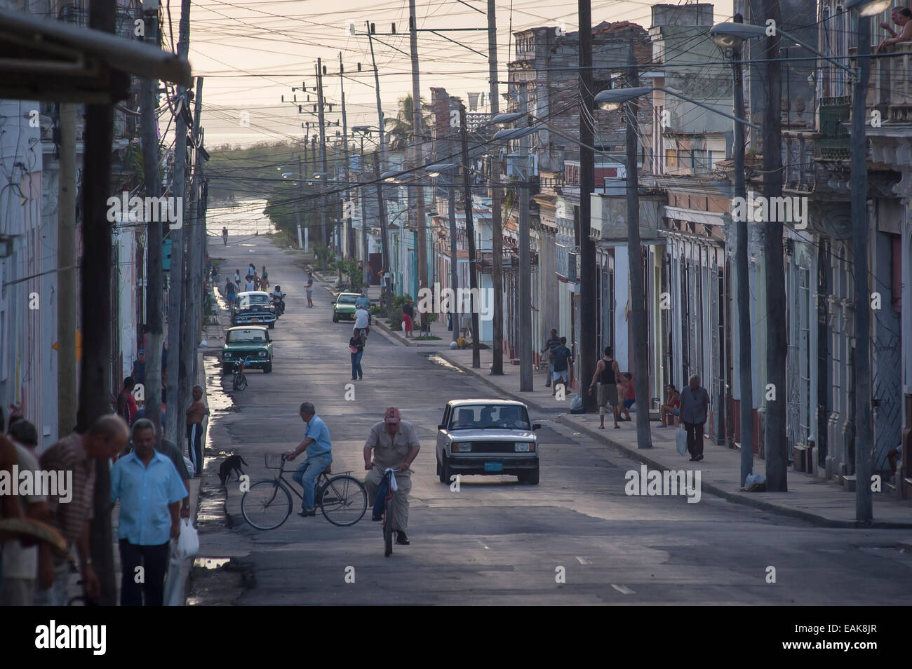 Street scene in the historic town centre of Cienfuegos, Cienfuegos, Cienfuegos Province, Cuba Stock Photo