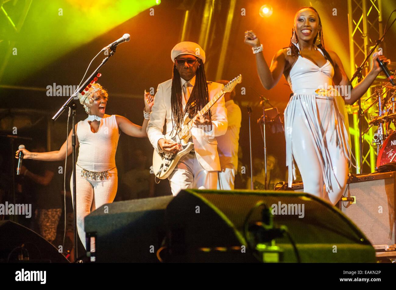 Chic Featuring Nile Rodgersfolami Ankoanda Thompsonkimberly Davis