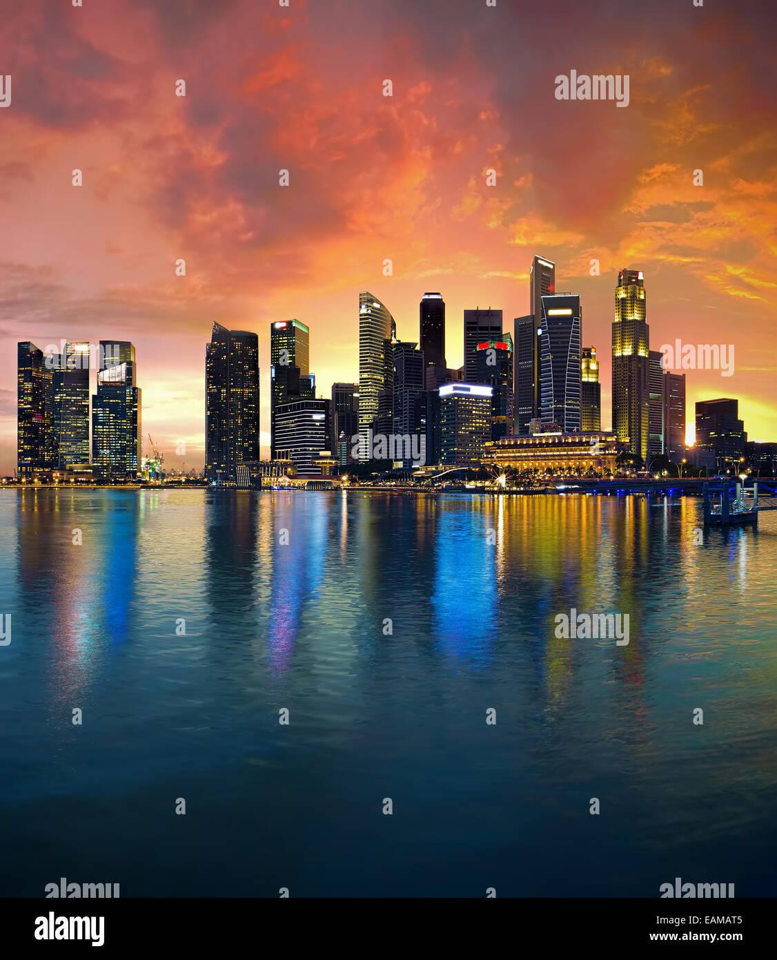 Singapore Skyline at sunset - Stock Image
