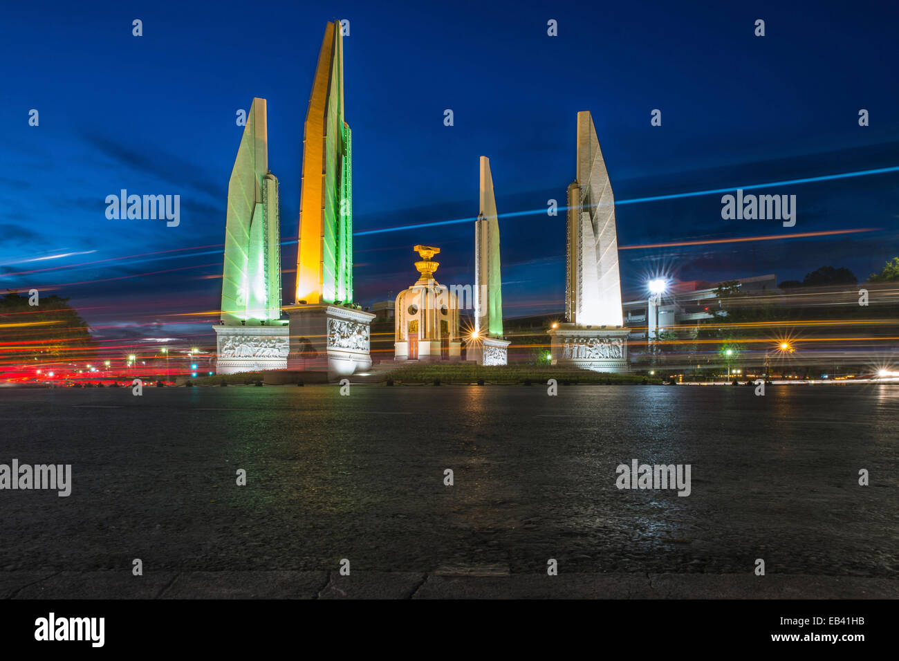 Democracy monument in Bangkok, Thailand - Stock Image