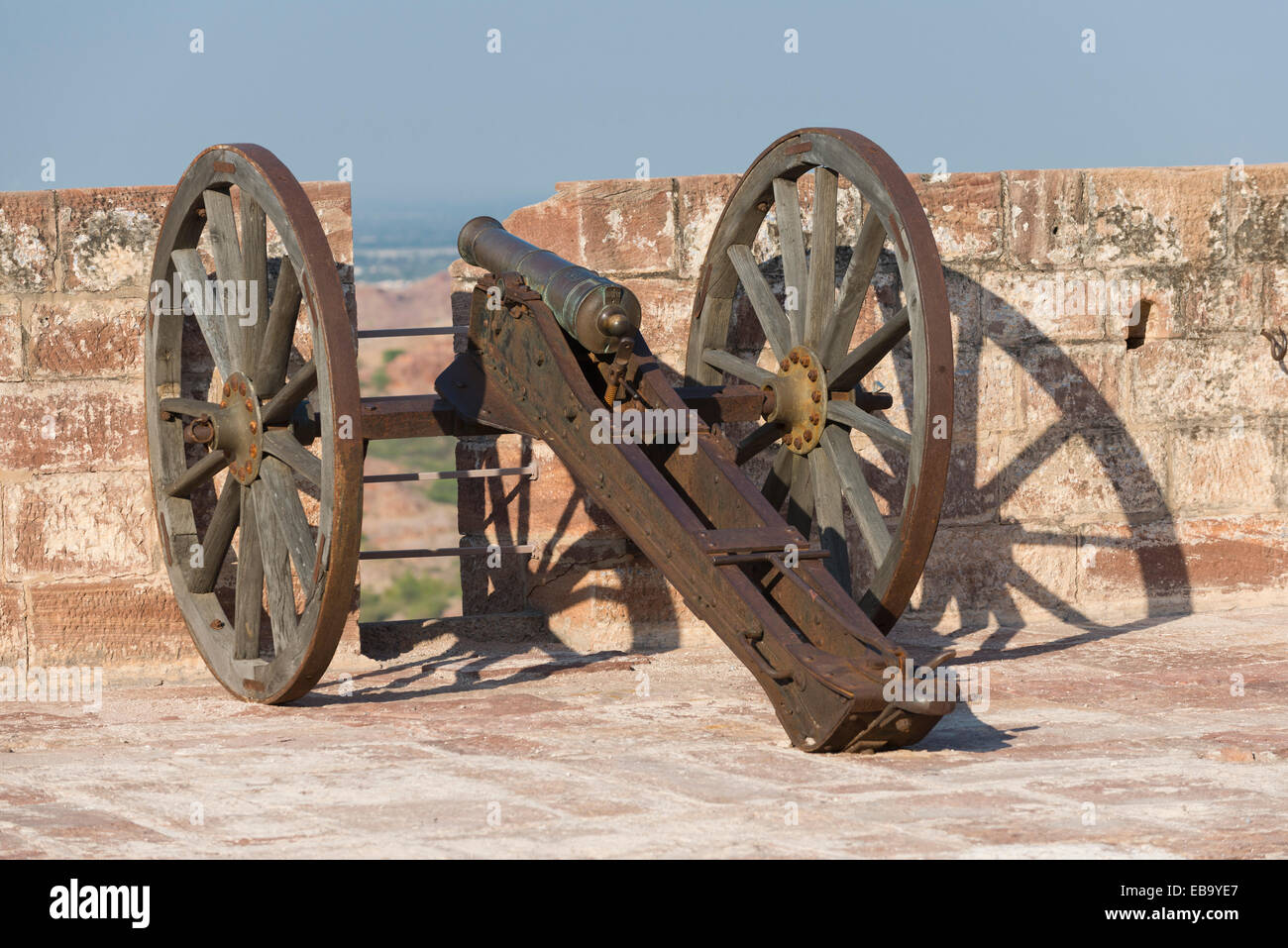 Historic mobile cannon, Mehrangarh Fort, Jodhpur, Rajasthan, India - Stock Image