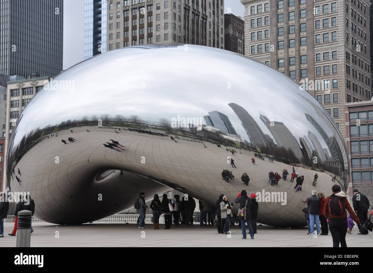 cloud-gate-stainless-steel-sculpture-reflecting-visitors-and-chicago-EBE8PK.jpg