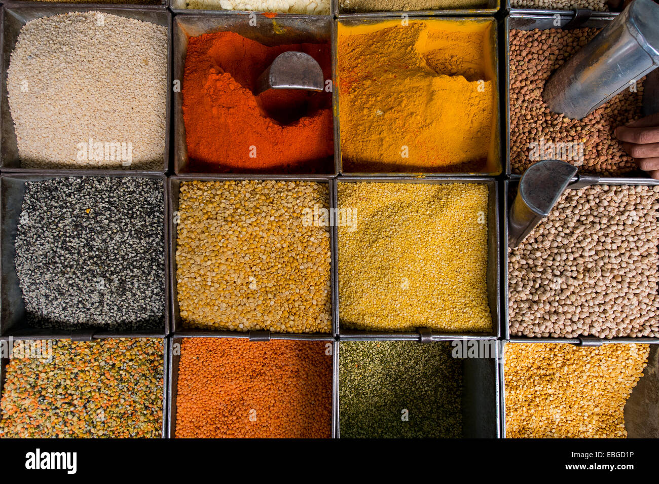 Various spices and lentils at a market, Jodhpur, Rajasthan, India - Stock Image