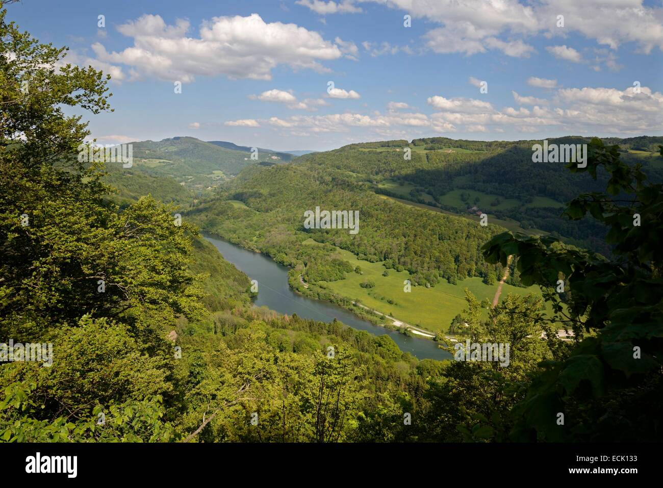France, Doubs, Vaufrey, Doubs valley in spring enclave in the foothills of the High Doubs - Stock Image
