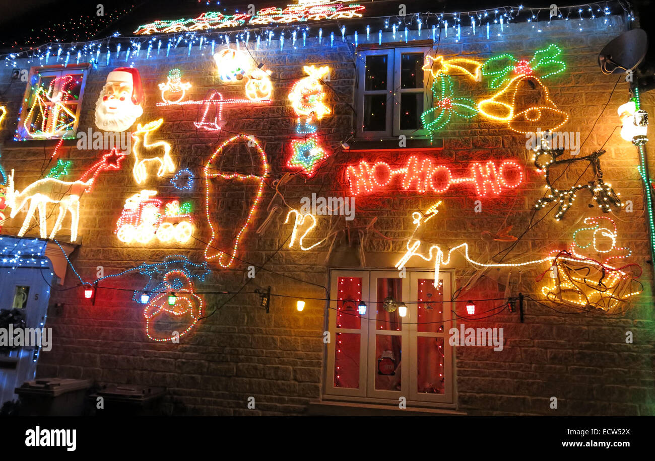 outside,exterior,Xmas,decorations,decoration,illuminated,illuminations,Santa,Sleigh,at,night,dusk,in,the,dark,bright,taste,chav,chavy,low,class,cheap,excess,wasted,power,electric,electricity,waste,low,efficiency,bah,humbug,love,hate,relationship,gaudiness,gaudy,outdoor,GoTonySmith England,Scotland,English,Scottish,welsh,bahhumbug,love-hate,artful,DIYer,DIY,ioBridge,IO-204,module,an,Arduino,Wave,Kit,an,Arduino,Duemilanove,board,solid,state,relays,relay,in,Witney,Oxen,Buy Pictures of,Buy Images Of