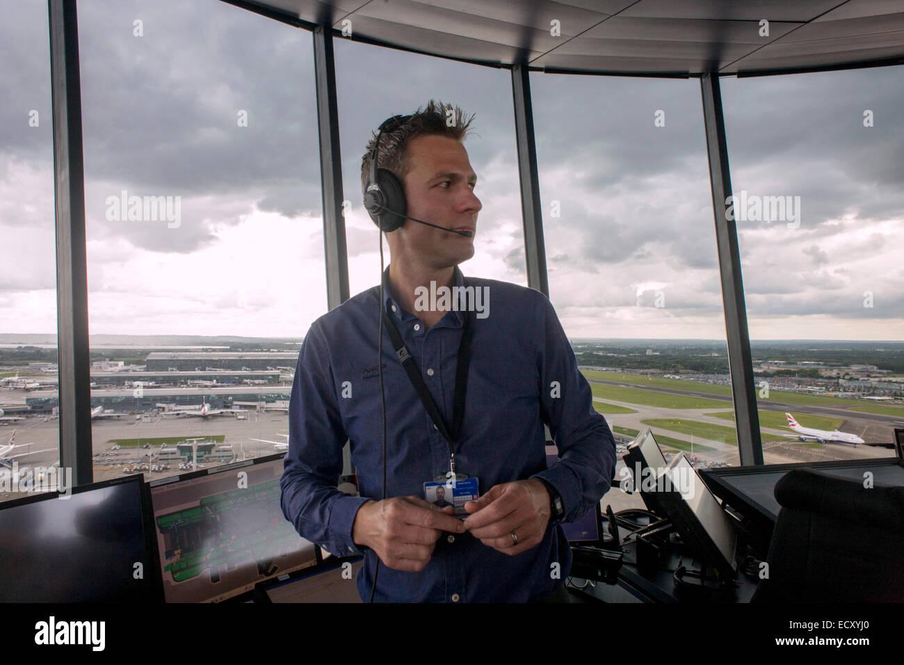 nats-heathrow-air-traffic-controller-in-