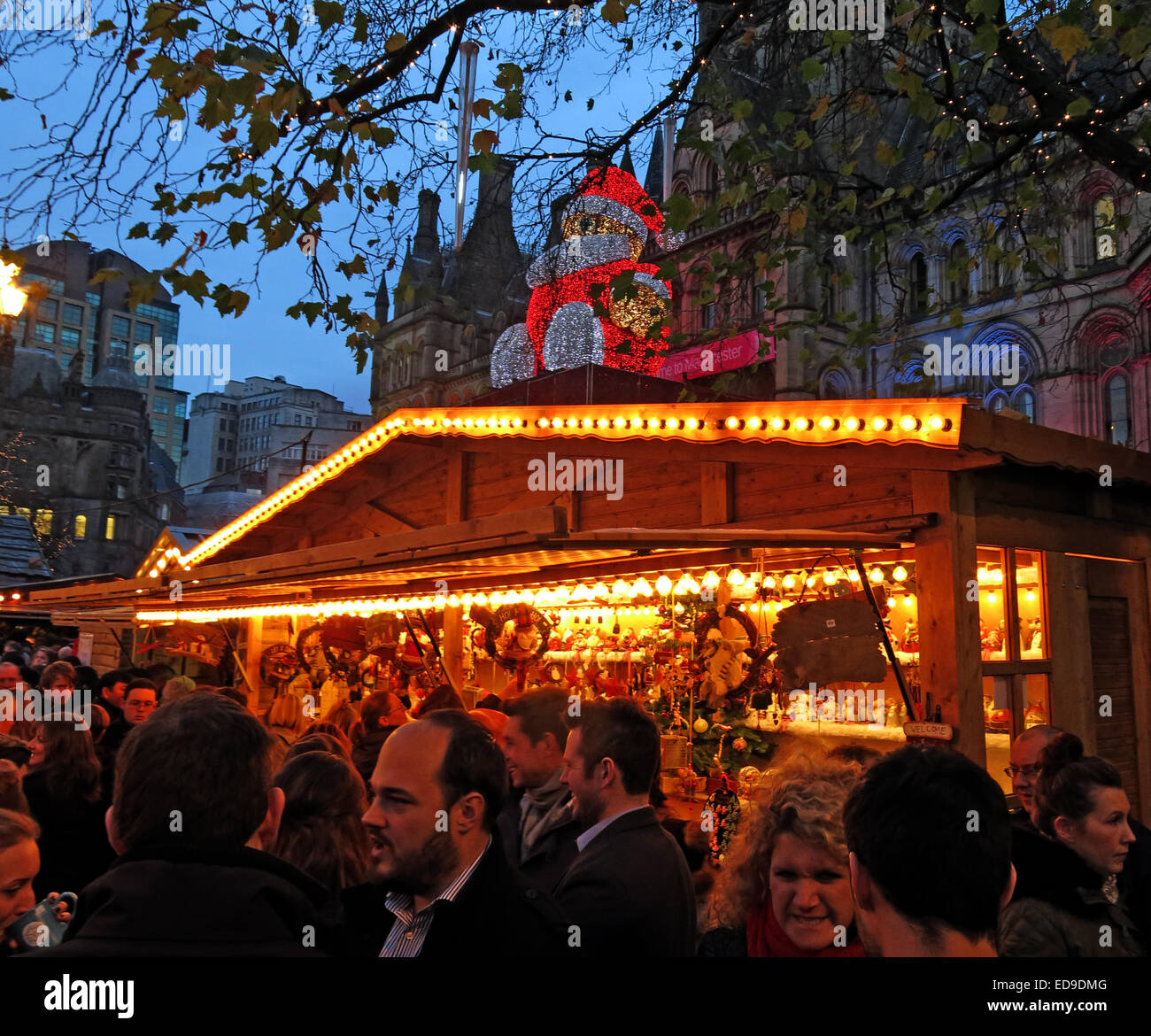 night,shot,nightshot,England,UK,at,dusk,GB,Great Britain,council,Manchester City Council,Town Hall,town,hall,town hall,international,lights,blue sky,people,enjoying,enjoy,citizens,drink,beer,popular,Santa,on,busy,crowded,crowds,Gotonysmith