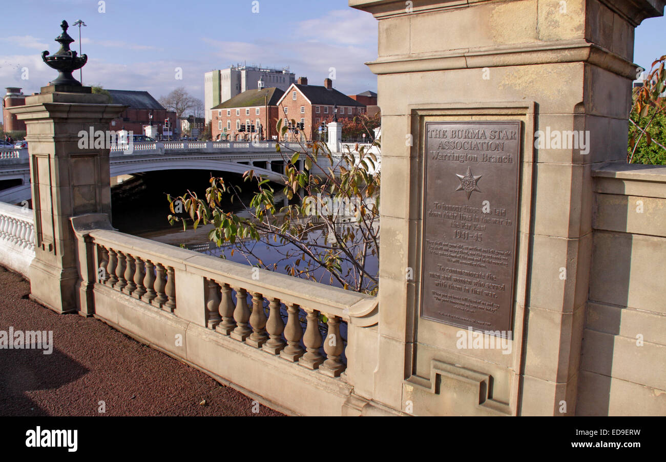 Bridge,foot,town,centre,bronze,plate,at,Bridgefoot,Cenotaph,Cheshire,England,UK,GB,United,Kingdom,in,the,sun,sunny,day,far,east,1941-45,died,gave,their,lives,kohima,Epitaph,Wilderspool,Causeway,Board,Plaque,Tablet,memorial,to,commemorate,those,who,fought,and,died,in,the,Far,East.,Dedicated,30,Gotonysmith,memorial,to,commemorate,those,who,fought,and,died,in,the,Far,East.,Dedicated,30,August,1988,campaign,medal,of,the,British,Commonwealth,awarded,for,service,in,World,War,II,second,2nd,Campaign,China,Hong Kong,Malaya,and,Sumatra,clasp,on,the,Pacific,Star,Warringtonians