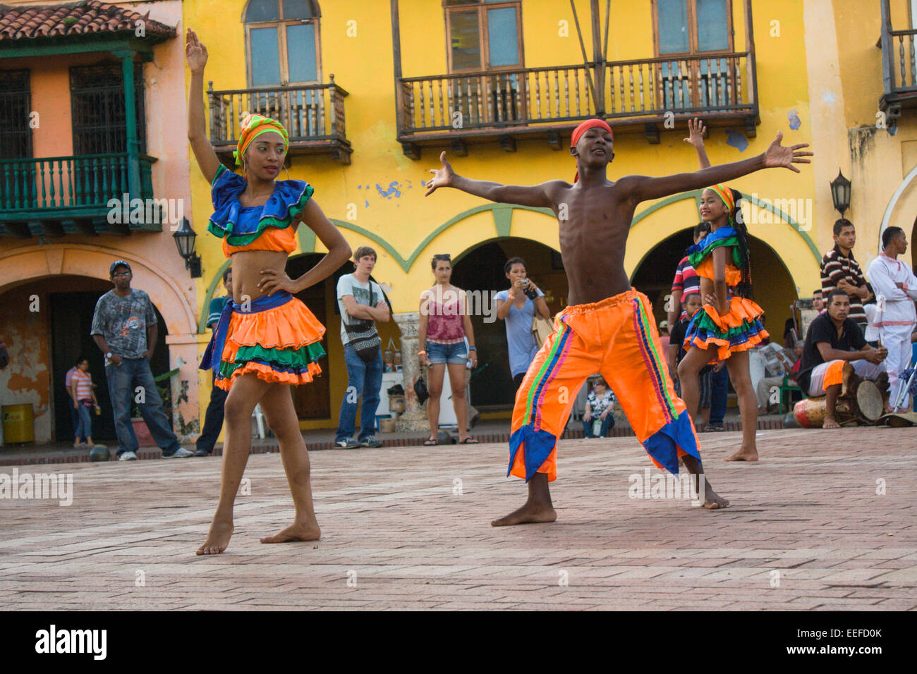 Traditional Mapele dancing in Cartagena's Old Town, Colombia - Stock Image