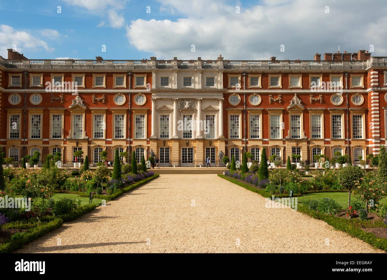 Hampton Court Palace and the Privy Garden, Richmond, London Stock ...