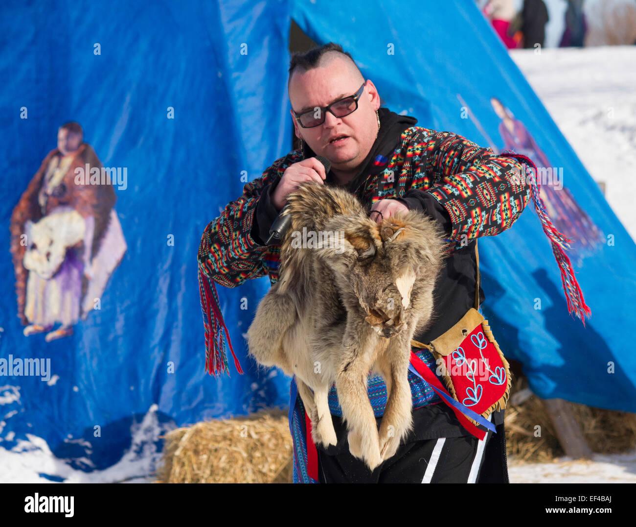 ojibway-story-teller-with-coyote-pelt-te