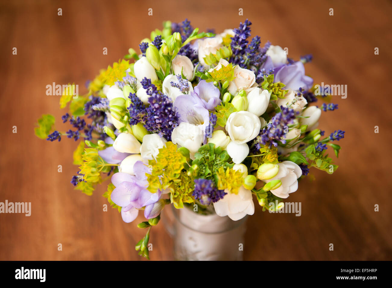 Bridal freesia purple bouquet wedding flowers Stock Photo: 78185066 ...
