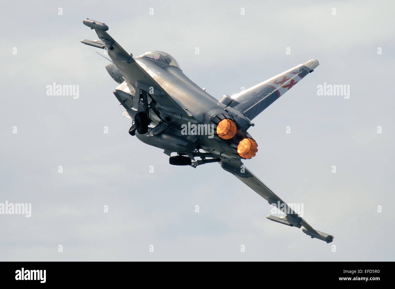 raf-typhoon-jet-fighter-of-29-squadron-badged-xxx-taking-off-in-full-EFD5R0.jpg