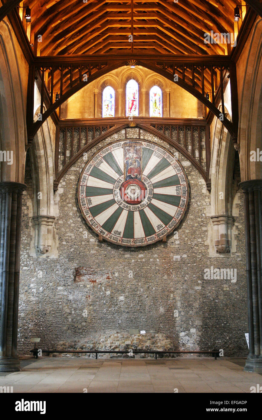Exceptionnel King Arthuru0027s Round Table In Winchester UK