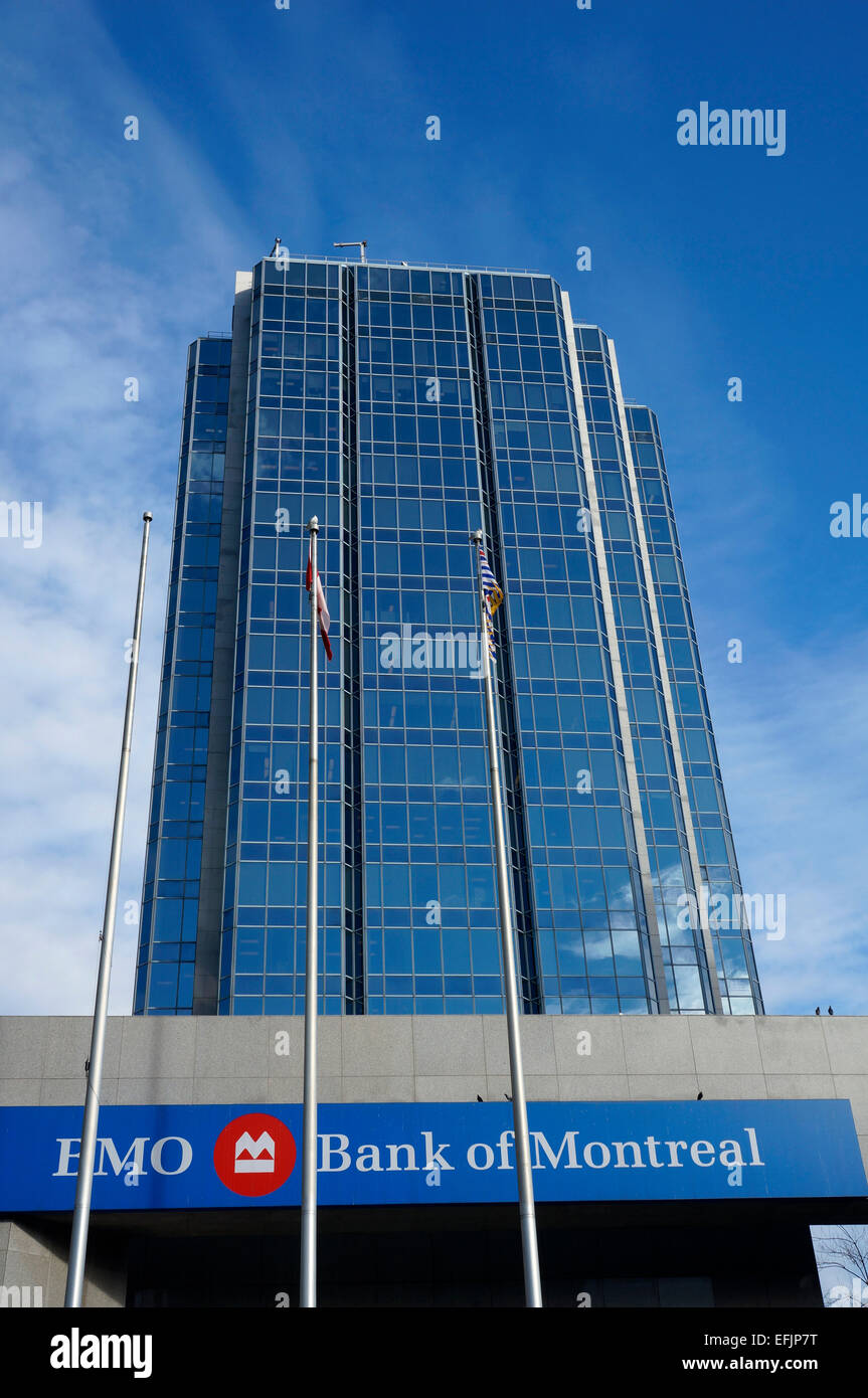 bank-of-montreal-bmo-building-on-west-ge