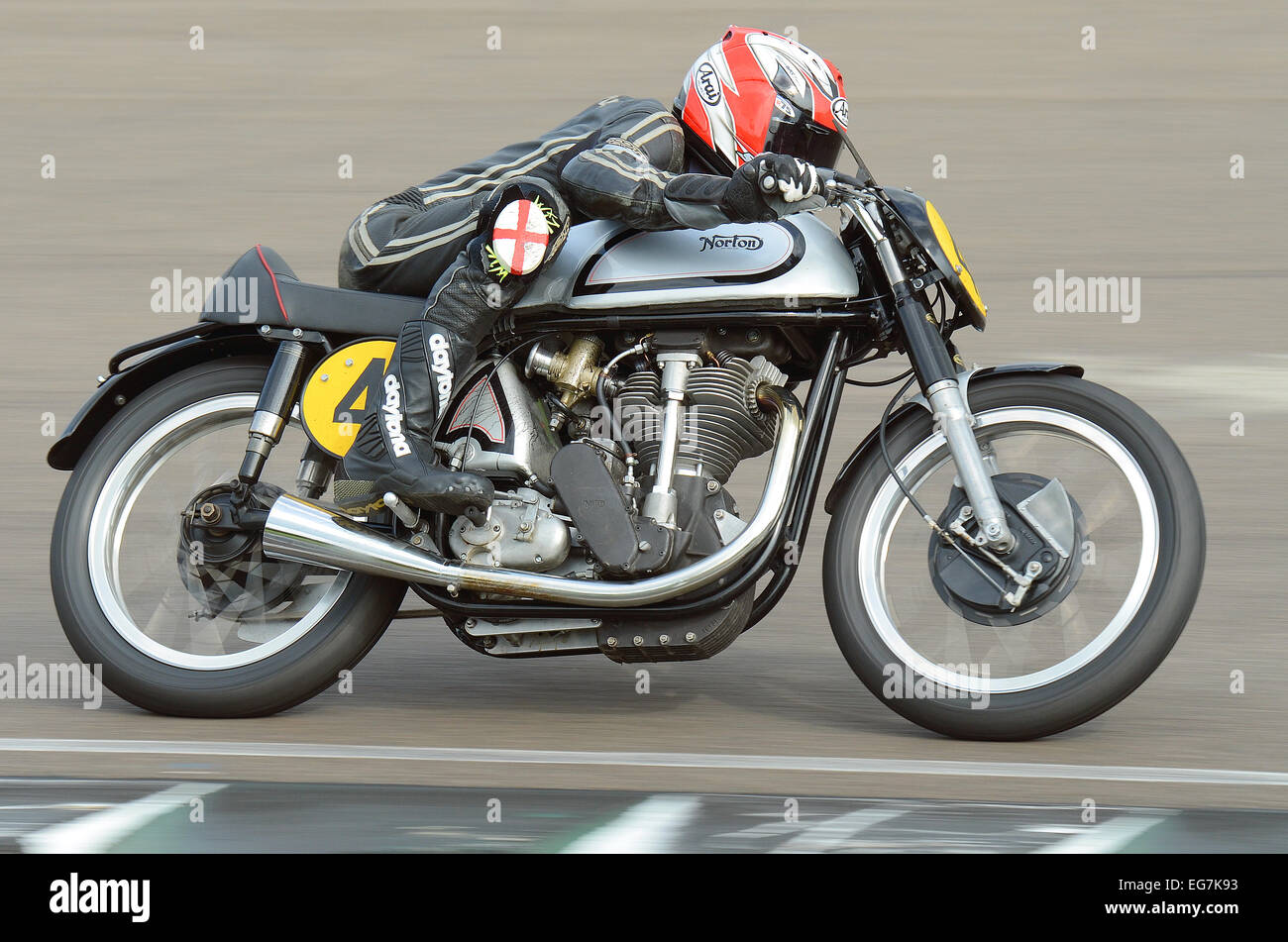 the-norton-manx-or-manx-norton-is-a-british-racing-motorcycle-that-EG7K93.jpg