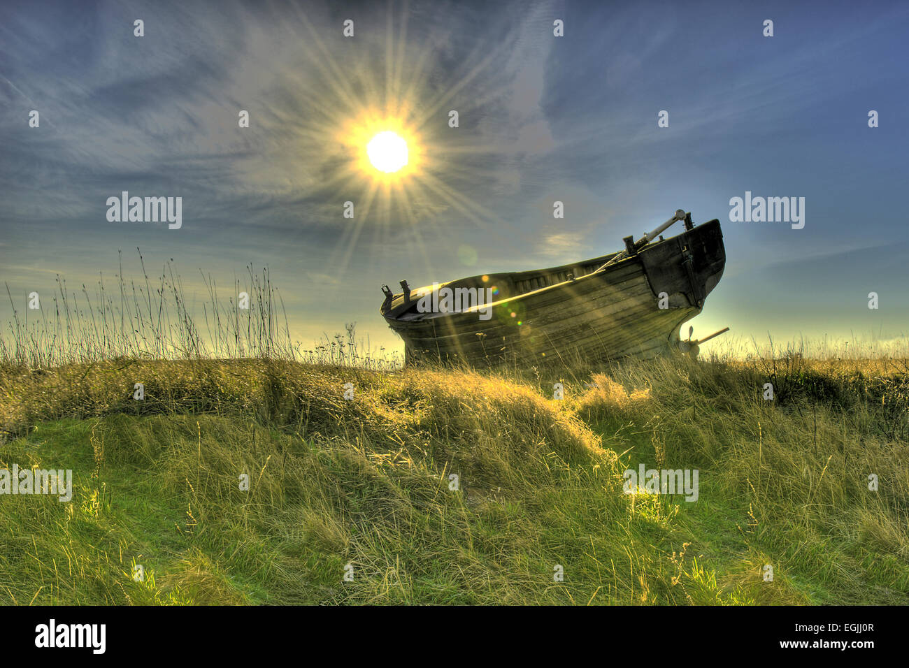 hdr-image-of-an-abandoned-boat-dungeness