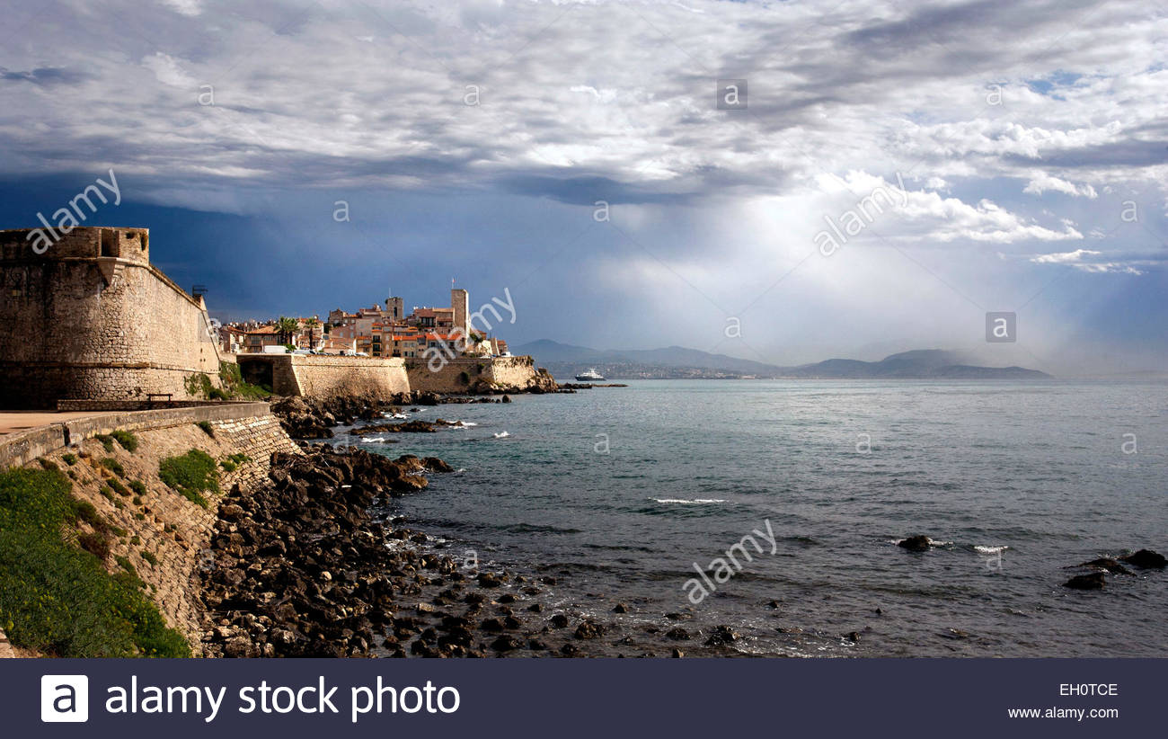 Sea front, Antibes, Alpes-Maritimes - Stock Image