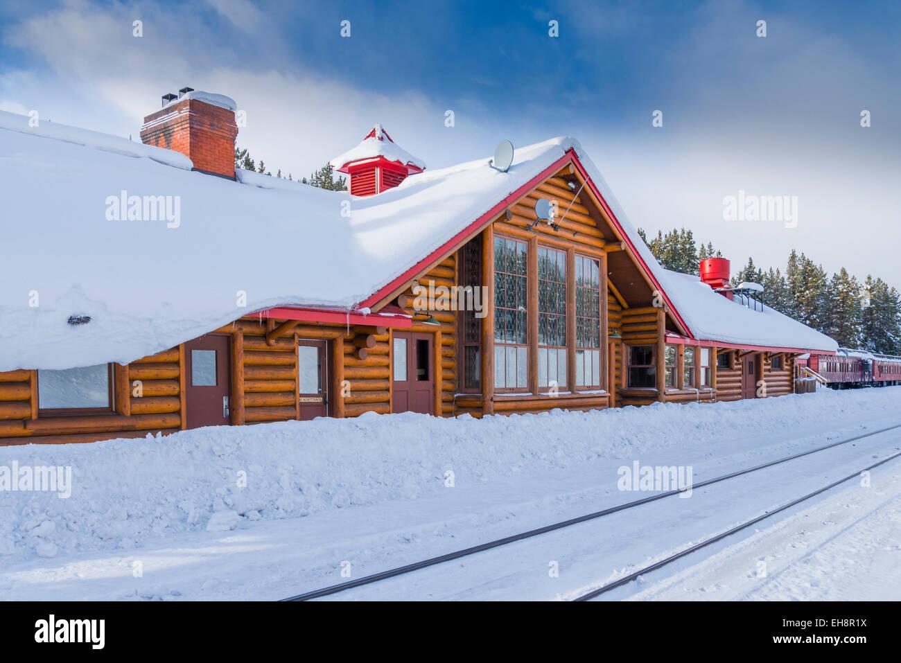 Heritage train Station, Lake Louise, Banff National Park, Alberta, Canada - Stock Image
