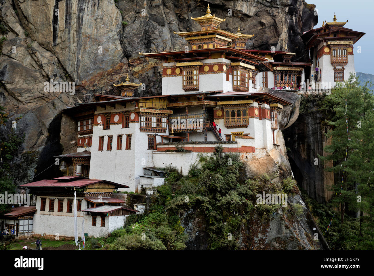 BHUTAN - Taktshang Goemba, (the Tiger's Nest Monastery), perched on the side of a cliff high above the Paro - Stock Image