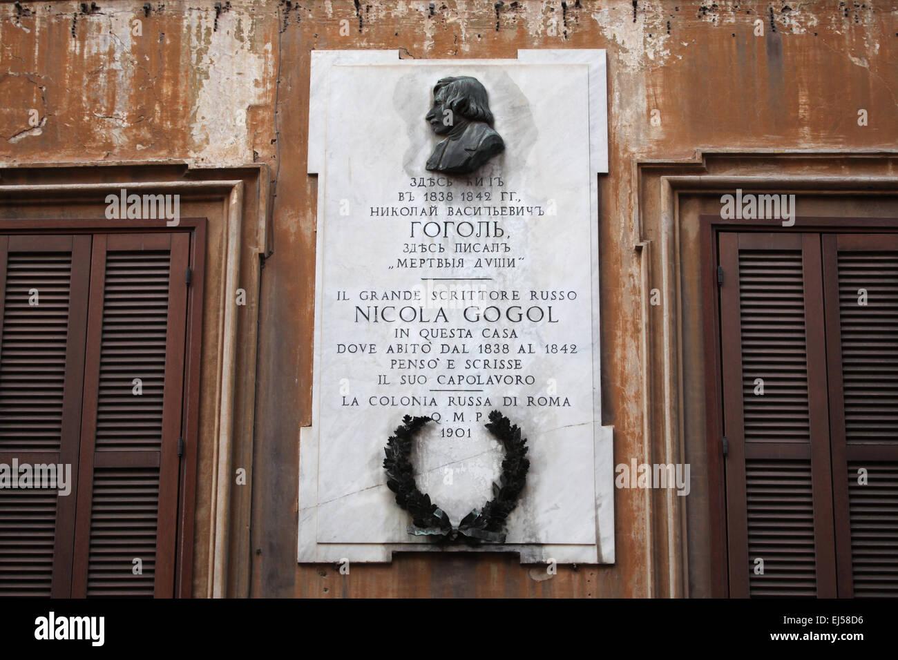 Commemorative plaque to Russian writer Nikolai Gogol at Via Sistina in Rome, Italy. Nikolai Gogol lived in this Stock Photo